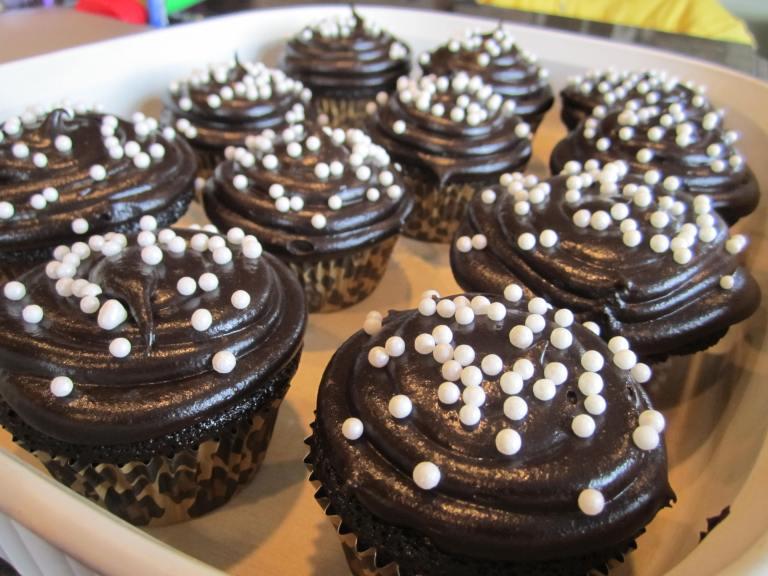 Cheetah cupcake tins? YES PLEASE