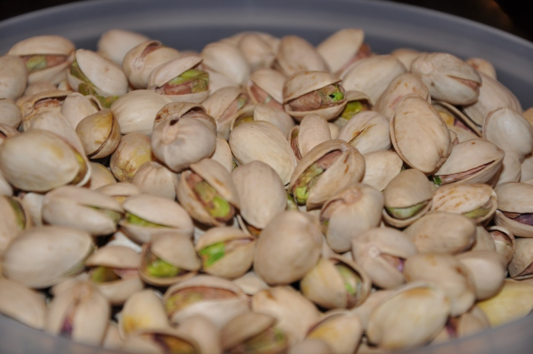 2 lbs of Roasted, Unsalted, Delicious Pistachios