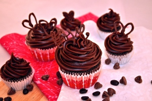 """""""The Cupcake Blog...for those that appreciate the art of the cupcake"""""""