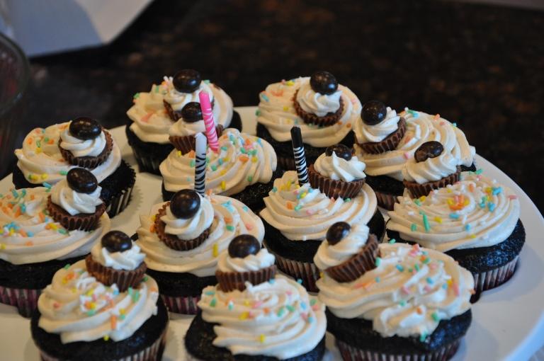 I come bearing cupcakes!